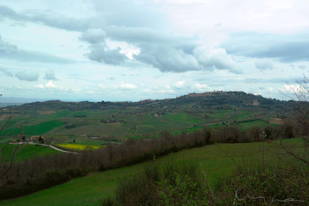 Montepulciano kaukaa